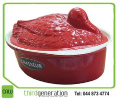 Great for creating terrines and pates, retains and distributes heat evenly. Get it today at Duck Pate, Generation Photo, Cookware, Cast Iron, Enamel, Red, Decor, Diy Kitchen Appliances