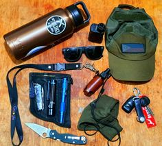 """submitted by KatagatameYeti Rambler 36ozJackaroo Heavy Duty Vape ModCondor Tactical CapSpyderco Paramilitary 2Alcohol Spray HolderRay-Ban RB2140 Wayfarer Miguel Andre Pocket OrganizerVictorinox Climber in CamoOlight Warrior Mini 2Böker Plus Tactical PenMiguel Andre Carry Goods FacemaskOrbitkeyKeygear CarabinerThese are the things I constantly have on me as shift-worker here in sunny, hot, and humid Manila, Philippines. These essentials are good to have where the """"new-normal"""" rules are a bit"""