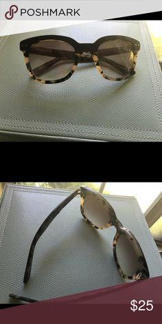 Anthropologie Dark Brown Tortoiseshell Wayfarers Anthropologie dark brown tortoiseshell wayfarer sunglasses. Style up any summer ensemble. Anthropologie Accessories Sunglasses