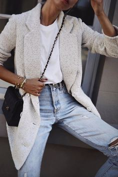 Simple denim outfit for spring. Blue jeans, white tee and grey blazer
