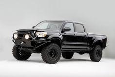 Truck add on ideas Toyota Surf, Toyota 4x4, Toyota Trucks, Lifted Trucks, Cool Trucks, Pickup Trucks, Lifted Tacoma, Tacoma Truck, Tacoma Wheels