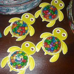 No photo description available. Mermaid Theme Birthday, Moana Birthday Party, Moana Party, 10th Birthday Parties, Festa Moana Baby, Moana Theme, Girl Birthday Decorations, Turtle Party, Under The Sea Party