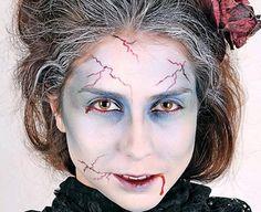 195f1c43-smush-50Halloween-Best-Calaveras-Makeup-Sugar-Skull-Ideas-for-Women_58