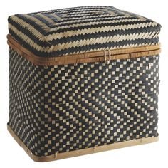 The Idaho large bamboo lidded storage trunk features a striking combination of zigzags and stripes in black and neutral.[br]The multi-purpose trunk is great for general storage around the house from toys and clothes to shoes and sports equipment. Lid Storage, Storage Trunk, Storage Boxes, Large Storage Baskets, Small Storage, Chevron Home Decor, Bamboo Basket, Black Bamboo, Making Space