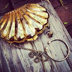 Gold Shell Clutch | Tumblr