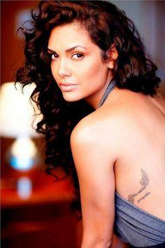 Esha Gupta as Sascha Duncan