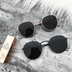50 Gorgeous Summer Sunglasses Ideas That Trending Today - Accessoires for men - Vintage Round Lens Sunglasses, Flat Top Sunglasses, Summer Sunglasses, Stylish Sunglasses, Cat Eye Sunglasses, Sunglasses Women, Retro Sunglasses, Black Sunglasses, K Fashion