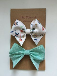 $4.75 Set of 2 Hair Bows  Arrows & Teal Glitter by SewMagicalByAndrea
