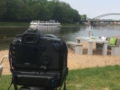 Der Weserstrand in Minden bietet eine tolle Location für gelungene Aufnahmen der WITTEKIND Lounge- und Gartenmöbel.