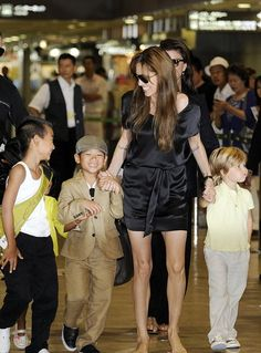 Angelina Jolie & kids...love the smiles!!