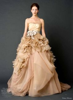 dream gown. <3