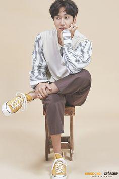 ✨lee kwangsoo for kingkong x starship entertainment photoshoot. Lee Kwangsoo, Running Man Members, Kwang Soo, Boy Outfits, Fashion Outfits, Man Photo, Korean Actors, Korean Fashion, Handsome