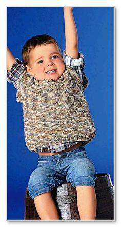 Вязание спицами. Меланжевая безрукавка с V-вырезом и простым рельефным узором, для мальчика 2-7 лет