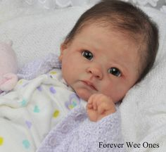 Forever Wee Ones~ Beautiful Reborn baby ~ mottled complexion~fake baby Life Like Baby Dolls, Life Like Babies, Real Baby Dolls, Realistic Baby Dolls, Cute Baby Dolls, Newborn Baby Dolls, Bb Reborn, Reborn Dolls, Reborn Babies