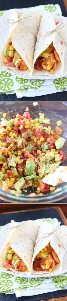 And Healthy Recipes Firecracker Shrimp Tacos with Avocado Corn Salsa. Fresh spicy and bursting with flavor!Firecracker Shrimp Tacos with Avocado Corn Salsa. Fresh spicy and bursting with flavor! Fish Recipes, Seafood Recipes, Mexican Food Recipes, Great Recipes, Cooking Recipes, Favorite Recipes, Healthy Recipes, Recipies, Firecracker Shrimp Tacos