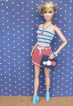 Irresistible Crochet a Doll Ideas. Radiant Crochet a Doll Ideas. Knitting Dolls Clothes, Crochet Barbie Clothes, Doll Clothes Barbie, Barbie Hair, Barbie Dress, Barbie Patterns, Doll Clothes Patterns, Barbie Wardrobe, Fashion Dolls