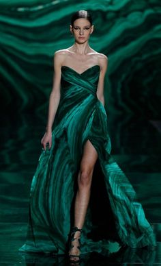 Monique Huillier Fall 2013 Green dress