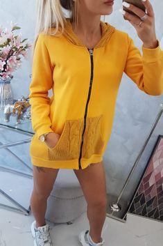 Haine trendy femei PrettyModa.ro Autumn Day, Underarm, Hooded Sweatshirts, Mustard, Modeling, Cover Up, Zipper, Knitting, Elegant