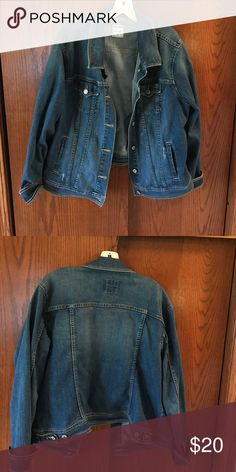 Old Navy Jean Jacket Old Navy Jean jacket Old Navy Jackets & Coats Jean Jackets