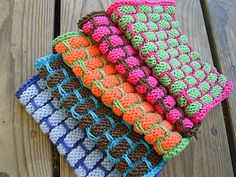 I love, love, love this dishcloth pattern. As soon as I get more cotton yarn, I will have a whole stash of them. :)