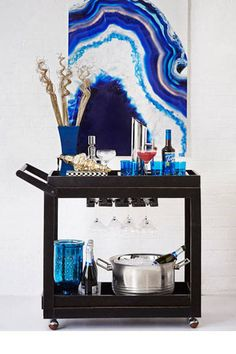 Take some tips from our friends at HomeGoods on how to style a bar cart: