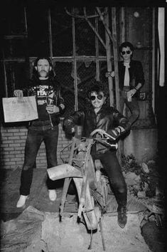 Lemmy Kilmister & Philthy Animal Taylor & Brian Robertson. MOTORHEAD