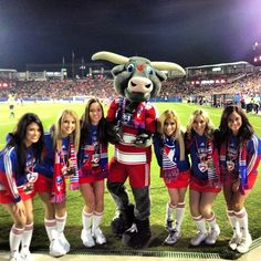 Tex Hooper and the FC Dallas Girls at the 2013 Home Opener