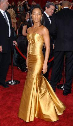 Jada Pinkett Smith in Carolina Herrera - Fashion Flashback: 2007 Oscars Red Carpet  - Photos