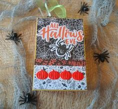 Halloween Mini Album Halloween Mini Albums, Halloween Projects, Hallows Eve, Craft Supplies, Blog, Crafts, Design, Manualidades