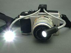 マクロアームライト MAL-1  小物撮影に役立つ、近接撮影用LEDライト。 自在に調節できるフレキシブルアーム。