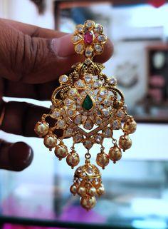 Jewelry Design Earrings, Gold Earrings Designs, Gold Jewellery Design, Designer Earrings, Necklace Designs, Gold Bridal Earrings, Bridal Necklace, Bridal Jewelry, Gold Necklace