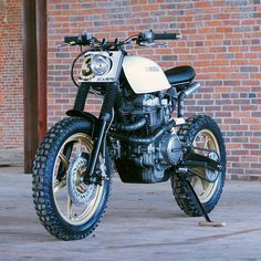 KickMoto have turned the Honda CM400 into an urban assault machine