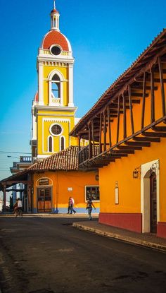 Touring the colonial city by morning to cruising the volcanic isletas of Granada in the afternoon. These are the best things to do in Granada Nicaragua. Barbados, Jamaica, Ometepe, Santa Lucia, Honduras, Haiti, Belize, Granada Nicaragua, Lake Nicaragua
