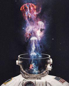 Portal Art, Astronaut Wallpaper, Phone Screen Wallpaper, Astronauts In Space, Lost Soul, Beautiful Artwork, Decoration, Cosmos, Psychedelic
