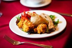 For diners who want to indulge or expand their Indian cuisine habits, these dining establishments offer the subcontinent's best dishes. Indian Food Menu, Indian Snacks, Indian Dishes, Indian Food Recipes, Top Indian Restaurants, Order Food Online, Best Dishes, Toronto, Tasty