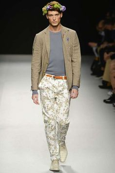 Vivienne Westwood, men fashion spring 2013. Flower decoration and print