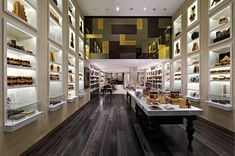Godiva Chocolatier Taps D-ash Design to Create Global Retail Concepts for Future Retail Locations Chocolate Store Design, Chocolate Stores, Retail Interior, Cafe Interior, Commercial Interior Design, Commercial Interiors, Visual Merchandising, Retail Facade, Showroom Design