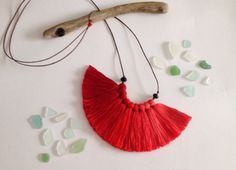 Russian Red  fiber tassel necklace ombre colors by NinaPaco, €25.00