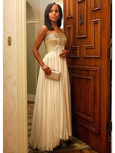This vintage Grecian creation, seen on Kerry Washington, could definitely make a good #wedding #dress http://stylenews.peoplestylewatch.com/2012/11/26/scandal-kerry-washington-fashion/