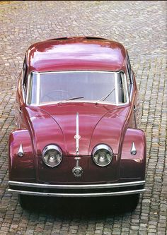 Tatra Vintage Cars, Antique Cars, Art Deco Car, Limousine, Old Cars, Concept Cars, Cars And Motorcycles, Transportation, Classic Cars