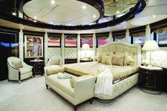 Diamonds-Are-Forever-Yacht