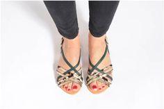 Sandales et nu-pieds Sicile Petite mendigote vue portées chaussures
