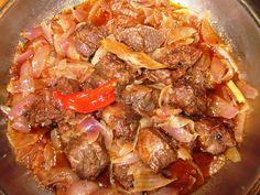 ΑΓΡΙΟΓΟΥΡΟΥΝΟ ΣΤΙΦΑΔΟ Greek Cooking, Mediterranean Recipes, Greek Recipes, Pot Roast, Good Food, Food And Drink, Pork, Cooking Recipes, Vegetarian