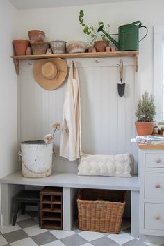 Potting Room Terracotta Pot Shelf