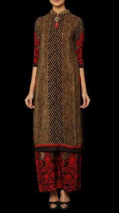 Shop for Indian contemporary outfits at Ritu Kumar, an online fashion store for designer sarees, wedding lehengas, latest designer suits, kurtis and designer bags. Pakistani Formal Dresses, Indian Dresses, Indian Outfits, Ethnic Fashion, Asian Fashion, Unique Fashion, Indian Attire, Indian Wear, Desi Wear