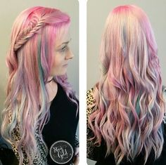 long+blonde+hairstyle+with+pastel+highlights