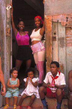 Viva Cuba, Cuban People, Cuba Travel, Havana Cuba, Beautiful People, Beautiful Things, Small Island, People Of The World, I Fall In Love