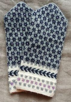 Knitting Basics, Fair Isle Knitting, Knit Mittens, Fair Isles, Woven Fabric, Tatting, Knitwear, Free Pattern, Knit Crochet