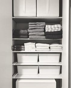 【IKEA】の収納アイテム特集☆使い方やインテリアに合わせた実例をまとめました! Bookcase, Shelves, Table, Inspiration, Furniture, Storage Ideas, Home Decor, Craft, Awesome
