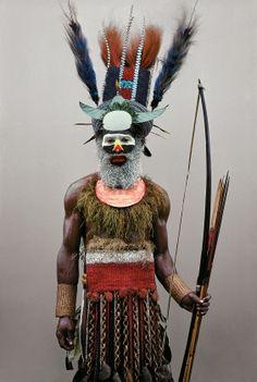 http://schmookville.blogspot.hr/2012/11/malcolm-kirk-man-as-art-new-guinea.html